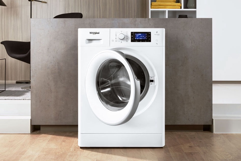 Pesumasin Whirlpool FWSD71283WS