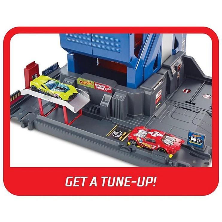 Mattel Hot Wheels City Mega Garage Play Set FTB68