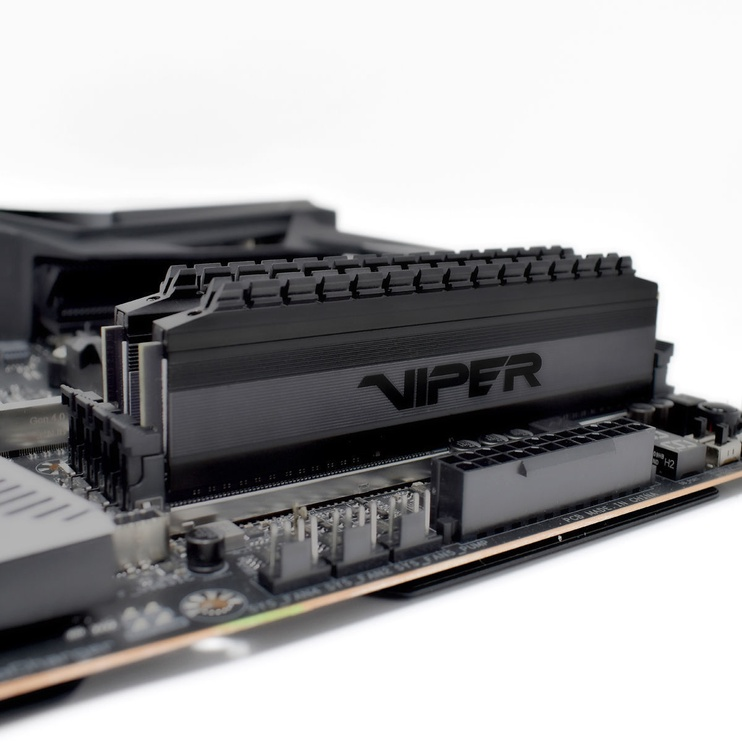 Patriot Viper 4 Blackout 16GB 3200MHz CL16 DDR4 KIT OF 2 PVB416G320C6K