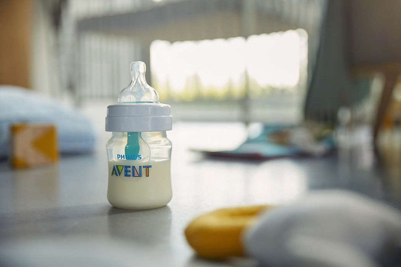 Philips Avent Anti-Colic Bottle With AirFree Vent 125ml SCF810/14