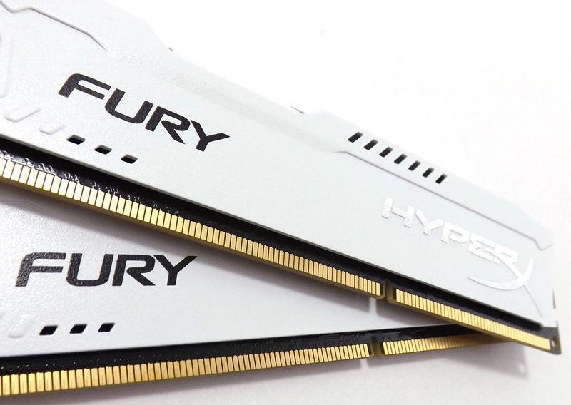 Kingston 16GB DDR3 PC314900 CL10 HyperX Fury White KIT OF 2 HX318C10FWK2/16