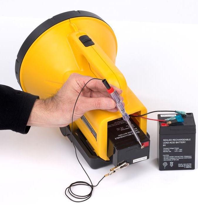 Kreator KRT409001 Volt Tester 6-12V DC 140MM
