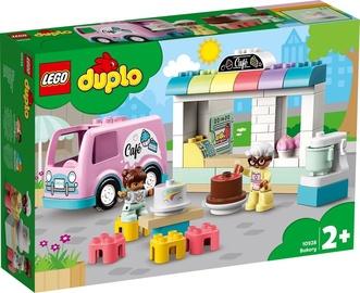 Конструктор LEGO® Town 10928 Пекарня