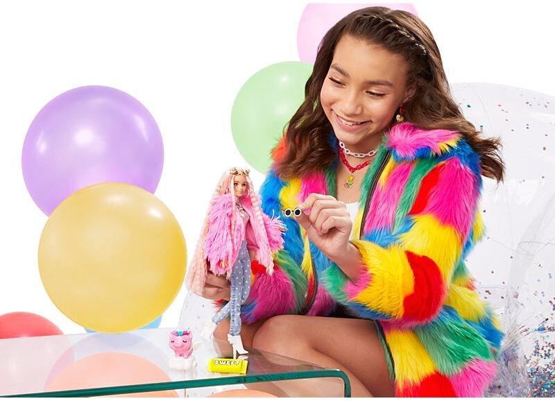 Nukk Barbie Extra Pink Coat With Pig Unicorn GRN28