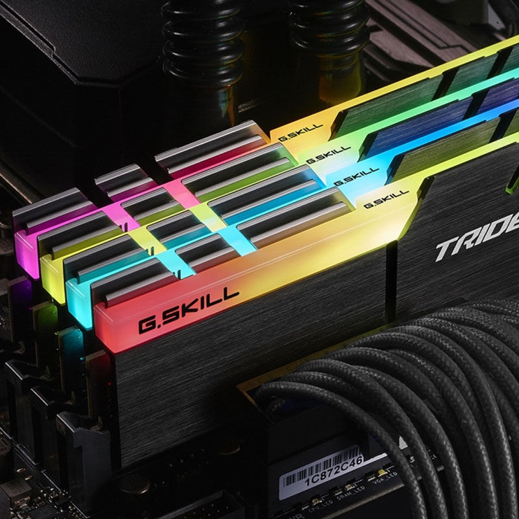 G.SKILL Trident Z RGB 16GB 4000MHz CL18 DDR4 KIT OF 2 F4-4000C18D-16GTZR
