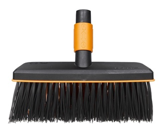 Fiskars QuikFit Yard Broom