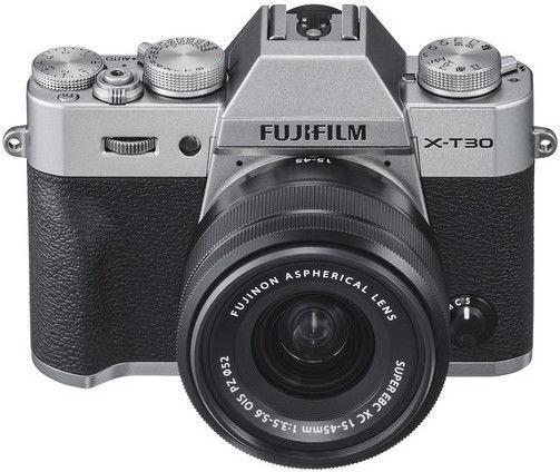 Fujifilm X-T30 + XC 15-45mm 3.5-5.6 OIS PZ Silver