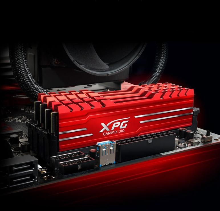 Adata XPG Gammix D10 16GB 2400MHz CL16 DDR4 Red AX4U2400316G16-SRG